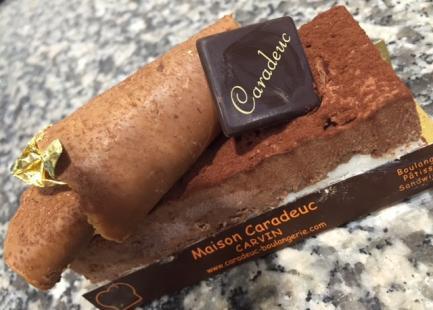 Entremet au chocolat noir intense
